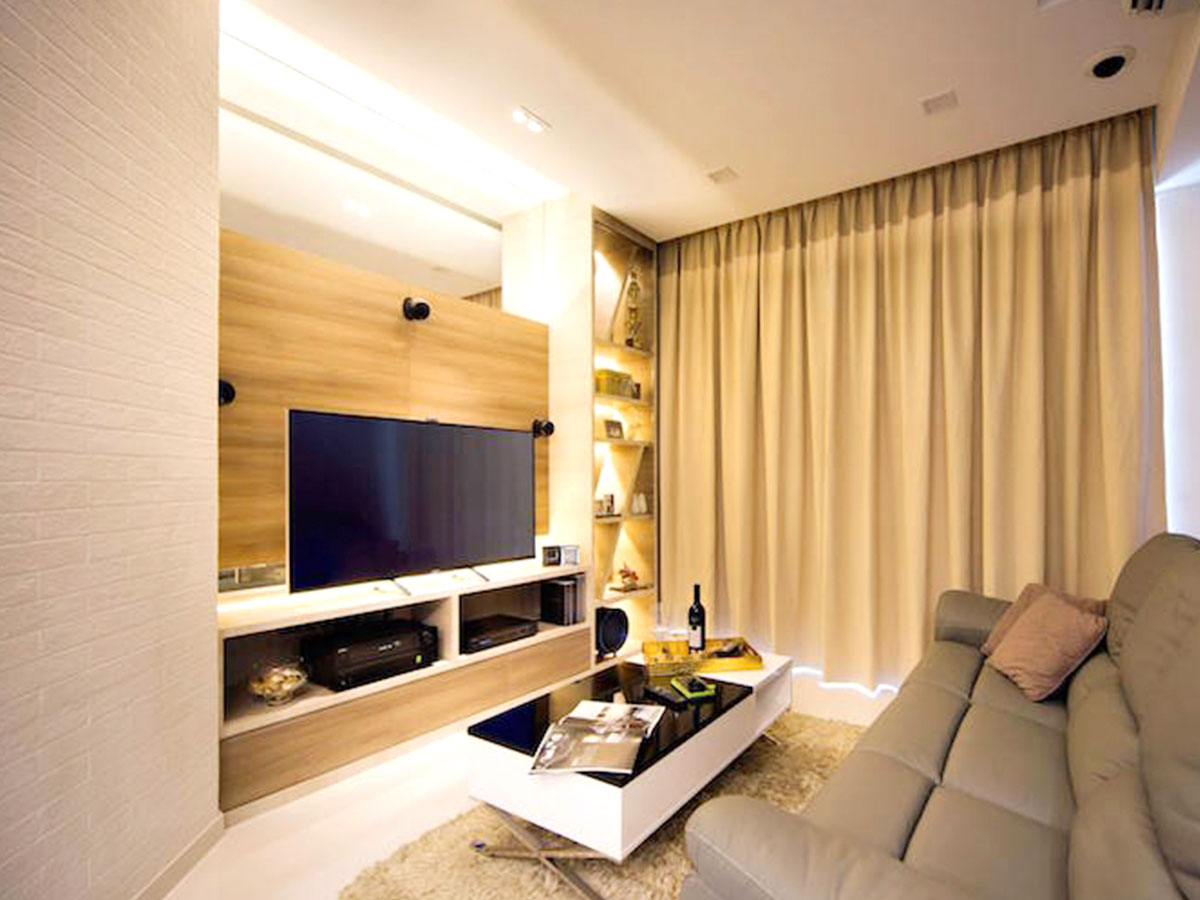 Laminated finish feature with TV console
